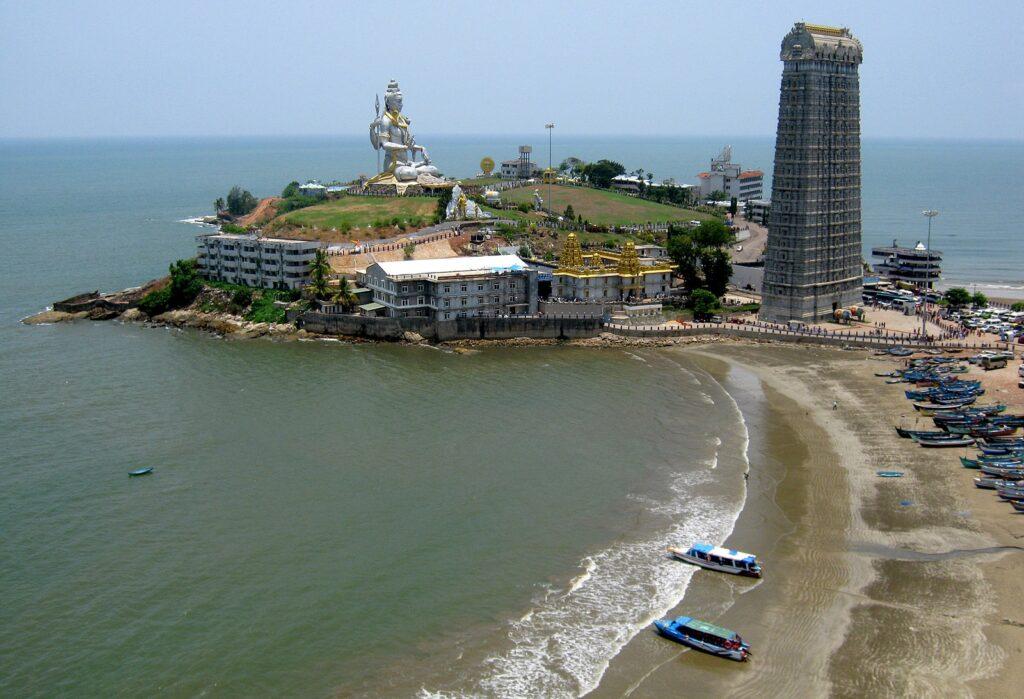 Murdeshwara Temple